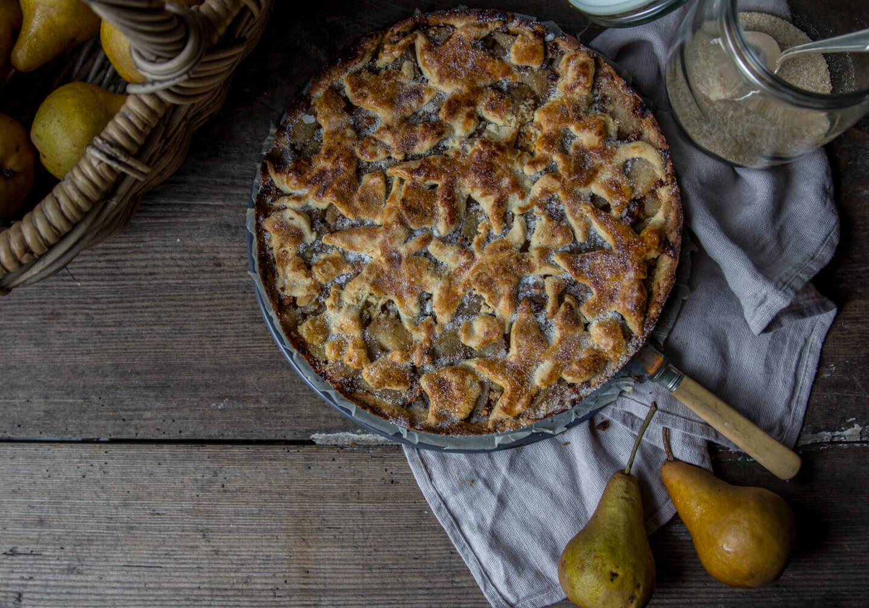 Birnenkuchen mit Walnüssen